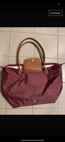 Longchamp in dunkel rot