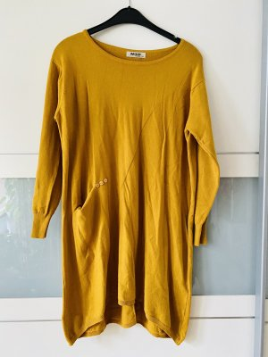 Jersey largo amarillo