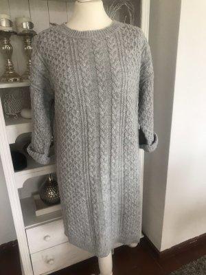 Bershka Jersey trenzado gris claro
