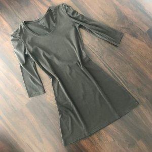 Longshirt oder als Shirtkleid von Zero in einem sehr schönem Olivton ...