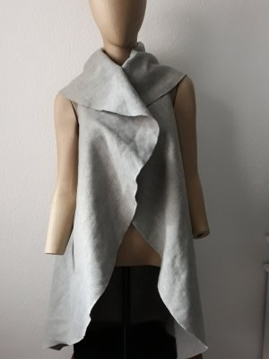 Haily's Cape light grey