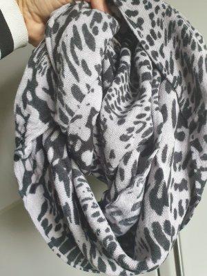 Écharpe ronde blanc-noir