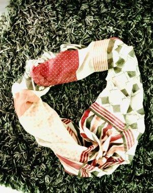 Loop-Schal , gemustert, aktuelle Saison