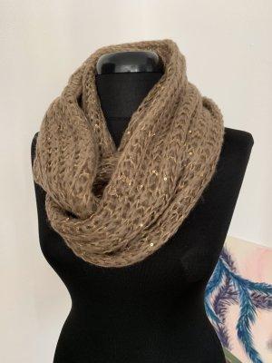 Loop Schal mit goldenen Fasern und Pailletten