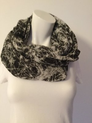Pieces Tube Scarf black-white