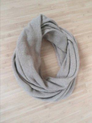 H&M Bufanda de lana marrón claro
