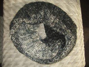 She Caperuza blanco-negro Acrílico