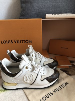 Louis Vuitton 38-39