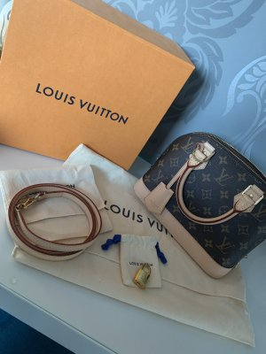 Louis Vuitton Alma BB • Monogram Canvas