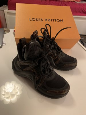 Louis Vuitton Archlight Gr  37