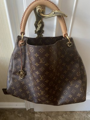 Louis Vuitton Artsy