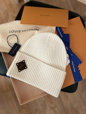 Louis Vuitton Beanie white-natural white