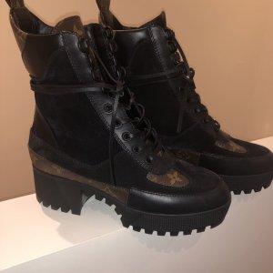 Louis Vuitton Boots Stiefel