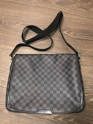 Louis Vuitton Büro Tasche