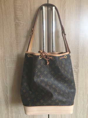 Louis Vuitton Buideltas bruin