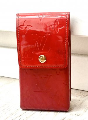 Louis Vuitton Cigarette Case aus Rotem Patent Leder