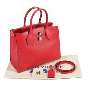 Louis Vuitton City Steamer MM Handtasche Rot @mylovelyboutique.com