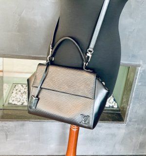 Louis Vuitton Cluny BB Epi Noir