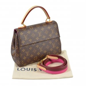Louis Vuitton Cluny BB Monogram Canvas Handtasche @mylovelyboutique.com