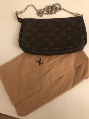 Louis Vuitton clutch vintage