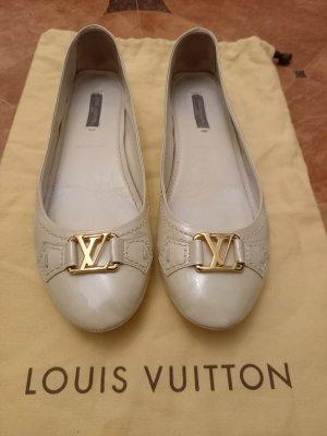 Louis Vuitton Ballerines en cuir verni crème