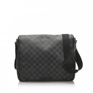 Louis Vuitton Damier Azur District GM
