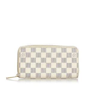 Louis Vuitton Wallet white