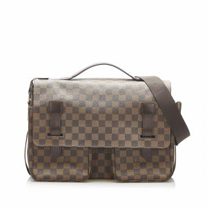 Louis Vuitton Serviette brun