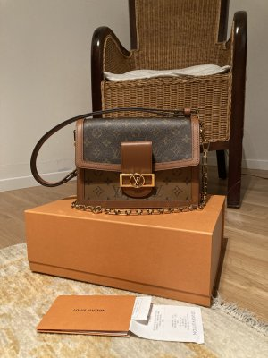 Louis Vuitton Dauphine MM