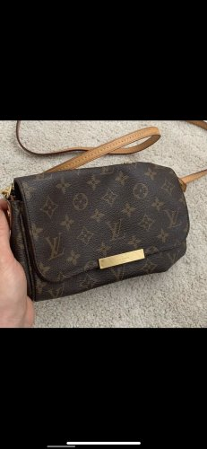 Louis Vuitton favorite pm