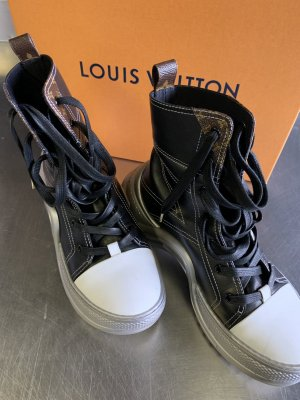 Louis Vuitton High Top Sneaker multicolored leather