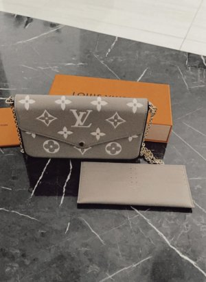 Louis Vuitton Clutch taupe-grey brown