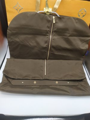 Louis Vuitton Kleidersack mit Bügel