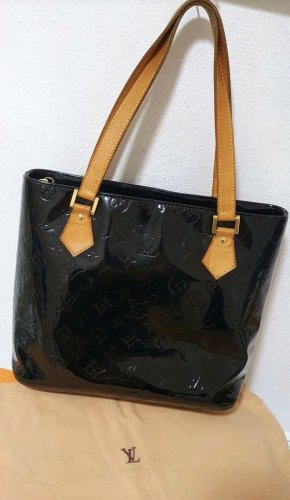 Louis Vuitton Shoulder Bag black
