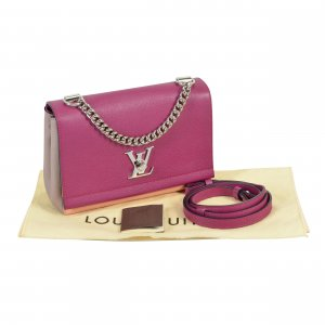 Louis Vuitton Lockme II BB Leder Handtasche @mylovelyboutique.com