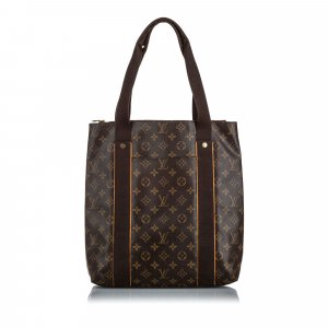 Louis Vuitton Monogram Beaubourg
