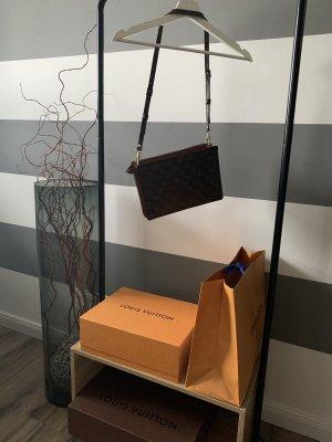 Louis Vuitton Monogram crossbody bag/Cluch