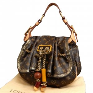 Louis Vuitton Monogram Epices Kalahari PM
