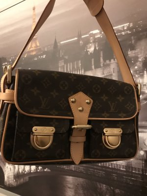 Louis Vuitton Monogram Hudson Tasche