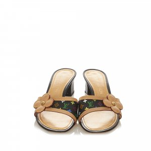 Louis Vuitton Sandalias de tacón marrón claro