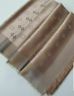 Louis Vuitton Jedwabny szal kremowy-srebrny Jedwab