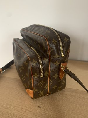 Louis Vuitton Nile
