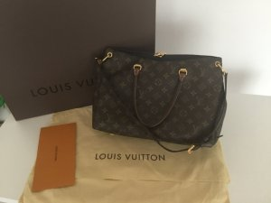 Louis Vuitton Pallas