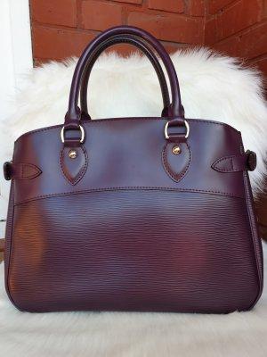 Louis Vuitton Passy Epi Cassis
