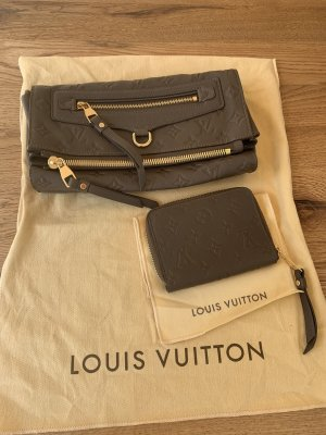 Louis Vuitton Petillante Clutch