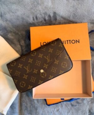 Louis Vuitton Pochette Felicie