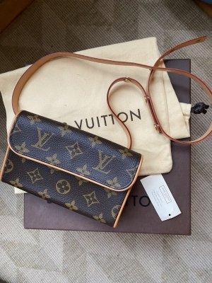 Louis Vuitton Riñonera marrón oscuro