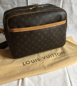 Louis Vuitton Reporter