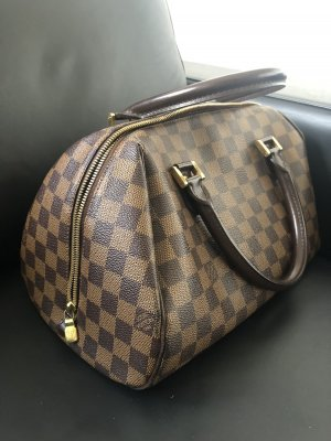 Louis Vuitton Ribera MM in der Farbe Damier Canvas.
