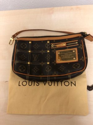LOUIS VUITTON  Rivets/Riveting Pochette
